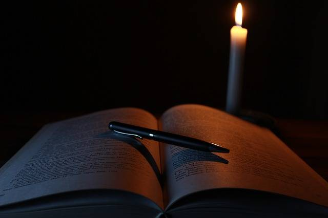 Candle Book Old - Free photo on Pixabay (514743)
