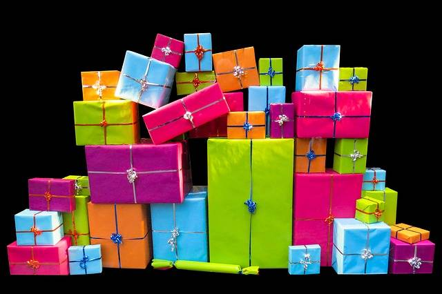 Christmas Give Packages - Free image on Pixabay (524389)