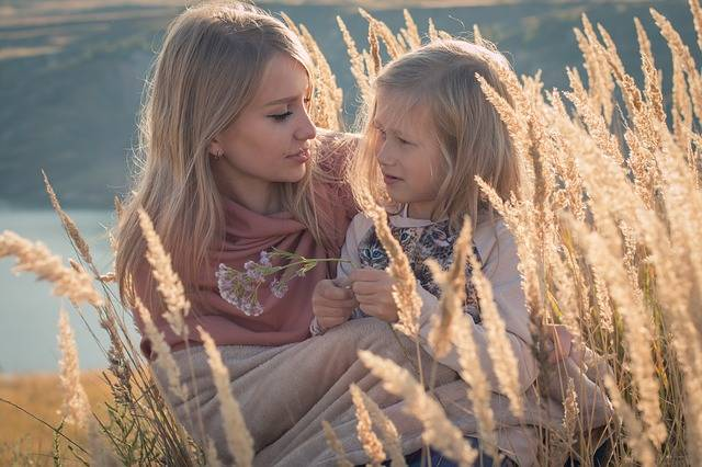 Family Mom And Daughter Baby - Free photo on Pixabay (526422)