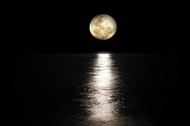 Moon Sea Full Light - Free photo on Pixabay (543471)