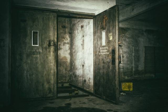 Lost Places Keller Elevator - Free photo on Pixabay (553093)