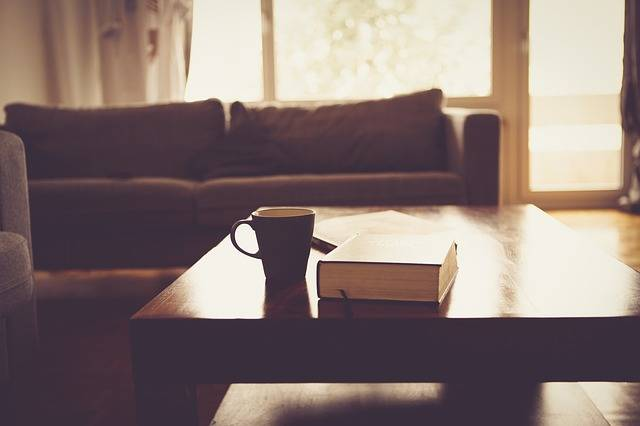 Living Room Couch Sofa - Free photo on Pixabay (559218)