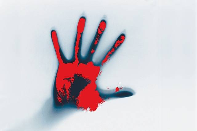 Hand Blood Smeared - Free image on Pixabay (603416)