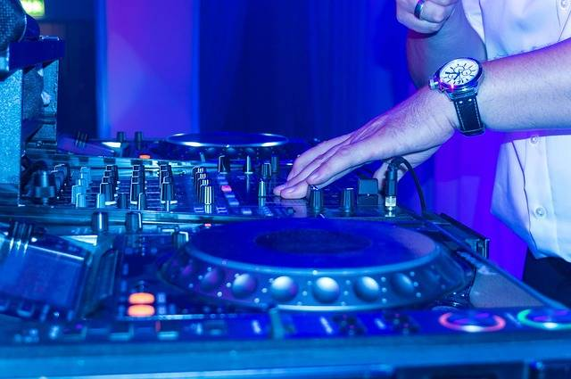 Dj Turntable Scratching - Free photo on Pixabay (662099)