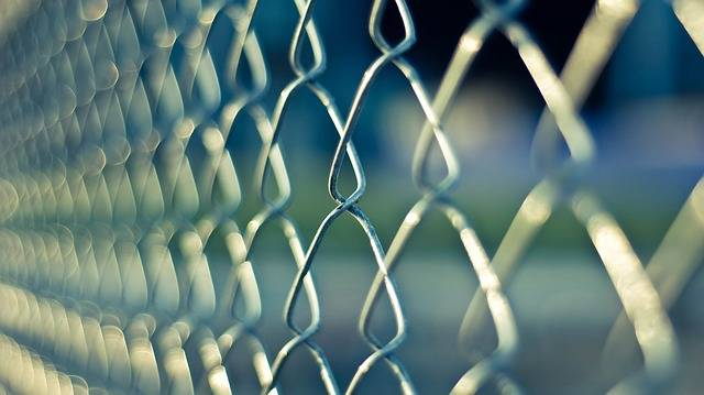 Chainlink Fence Metal - Free photo on Pixabay (694736)