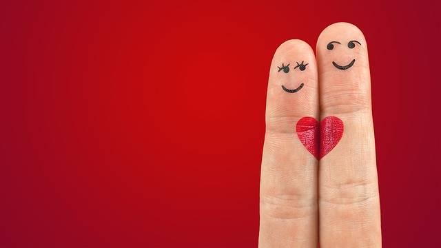 Art Fingers Heart - Free photo on Pixabay (706359)