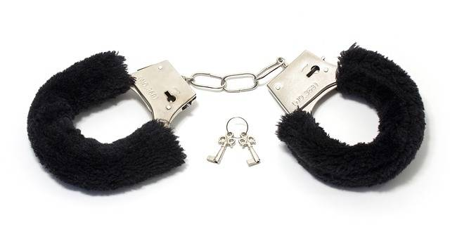 Handcuffs Soft Toy - Free photo on Pixabay (712673)